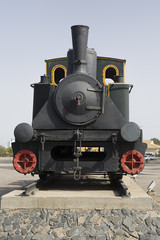 Máquina de tren antiguo en Huelva