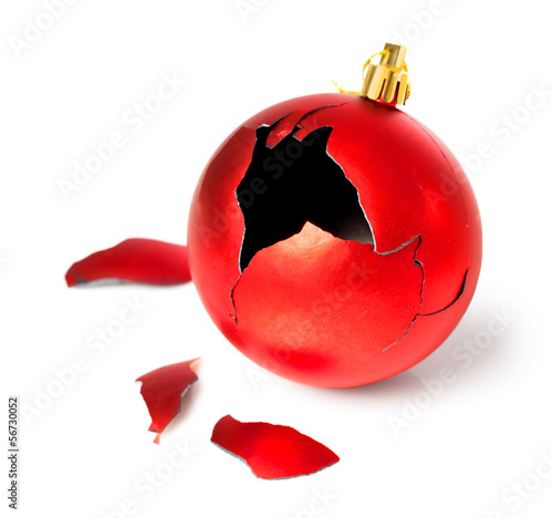 Leinwandbild Motiv broken red christmas ball
