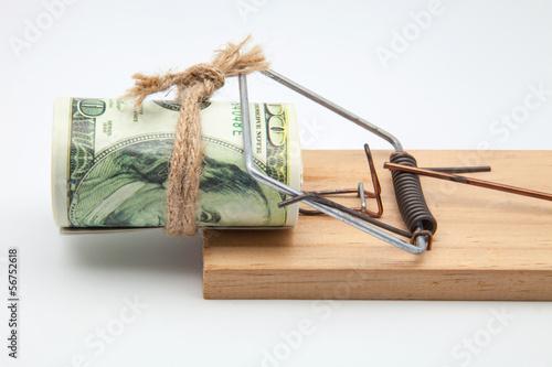 billetes en una ratonera
