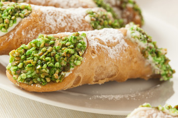 Fresh Homemade Traditional Cannoli