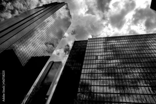 In de dag Texas Black and white Houston Texas downtown mirror buildings