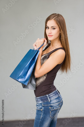 Gorgeous young shopper.