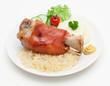Schweinehaxe mit Pürree und Sauerkraut