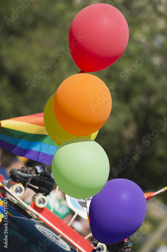 peace flag balloons