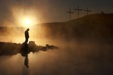 Niedziela Wielkanocna Rano odzwierciedla modlitwą chwilę świt