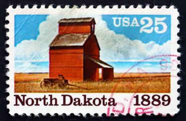 Postage stamp USA 1989 Barn and Fields