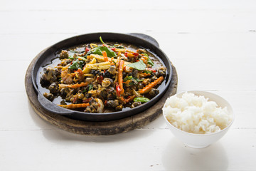 Spicy fried shellfish