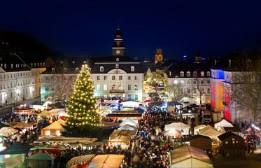 Saarbrücken Weihnachtsmarkt Christkindlmarkt Schlossplatz Winter