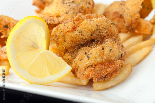 Fried Shrimp with Lemon