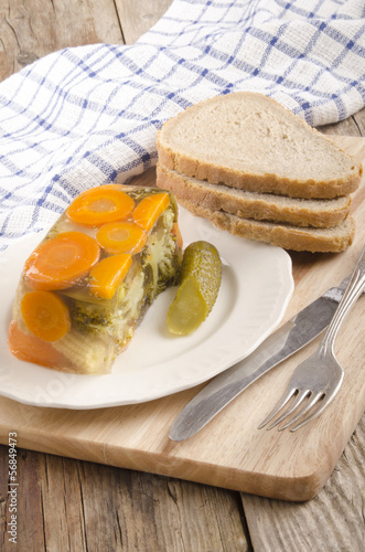 vegetable in aspic and bread