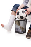 Man cannot play football anymore because of brocken leg
