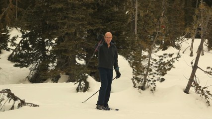 Man snow shoeing