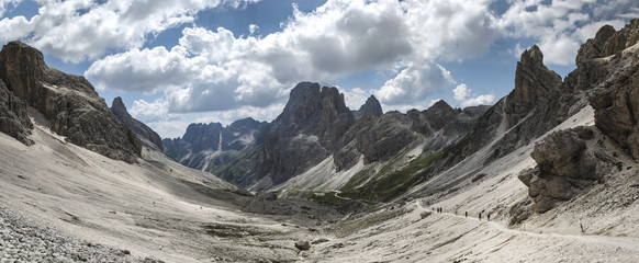 Dolomiti Vajolet Valley panorama