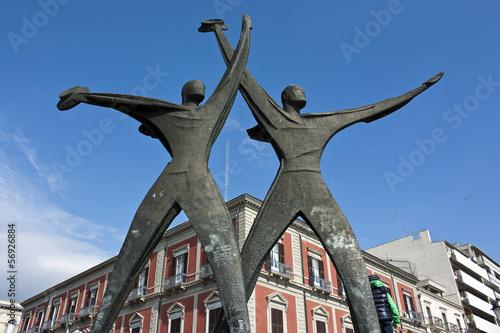 Taranto, monumento ai marinai d'Italia