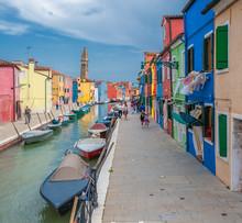 Красочные дома Бурано, Венеция, Италия