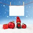 Weihnachtliches vor blauem Winterhimmel