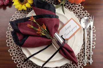 Elegant Happy Thanksgiving table place setting