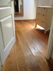 americaanse eiken houtenvloer in slaapkamer