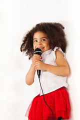 Very little girl with amazing voice