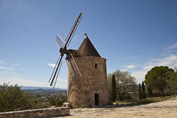 Historische Mühle von Saint-Saturnin-lès-Apt