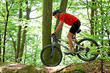 Senior mit Mountain Bike Fahrrad