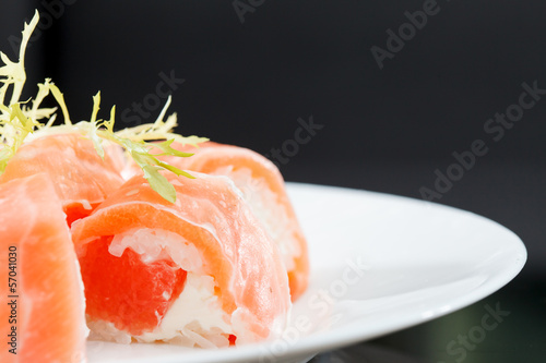 Fototapeten,sushi,rolle,thunfisch,roh