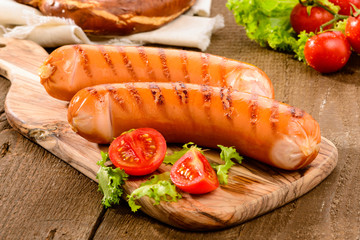 Sausage grilled with vegetables and mostard