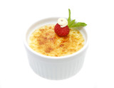 serving of cream brulee