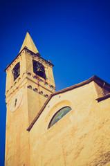 Castelvecchio di Rocca Barbena retro looking