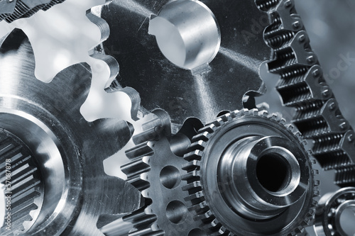 titanium gears powered by timing-chain