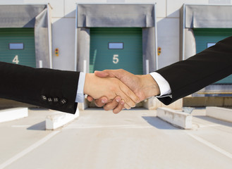 handshake a  logistics business