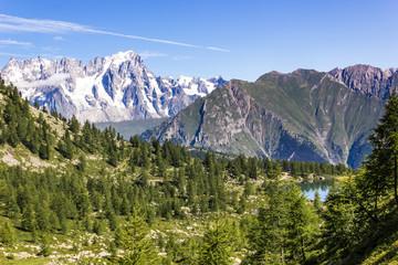 Monte Bianco e panorama di montagna