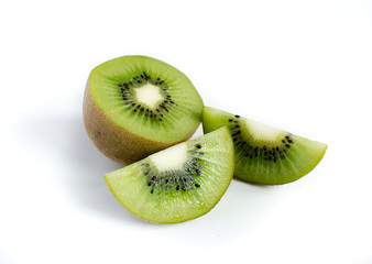 kiwi fruit and his sliced segments