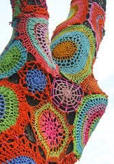 Abstract colorful crochet 4