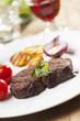 Gegrilltes Steak mit Petersilie