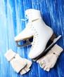 Wool fingerless gloves and skates for figure skating,