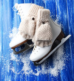 Wool fingerless gloves and skates for figure skating,