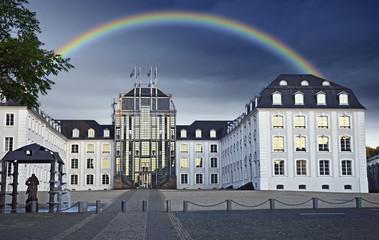 Saarbrücken - Saarbrücker Schloss mit Regenbogen Saarland
