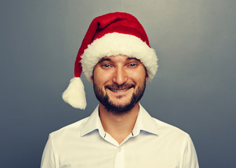 smiley man in santa claus hat