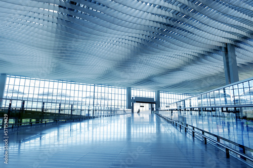 Modern Architecture of Hong Kong airport, walkway and roof - 57153829