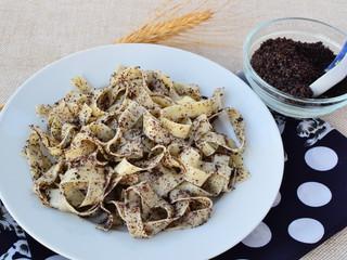Poppy seed pasta