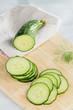 Salatgurke in Scheiben geschnitten