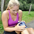 Jogger mit Knie-Schmerzen
