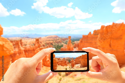 Smartphone taking photo of Bryce Canyon nature