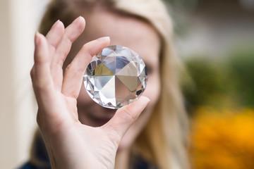 Blick durch Kristall