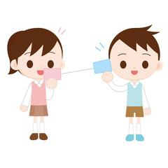 糸電話で遊ぶ子供 女の子が話す