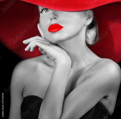 Dama w czerwonym kapeluszu