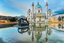 Karlskirche à Vienne, en Autriche au lever du soleil