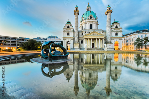 Foto op Canvas Wenen Karlskirche in Vienna, Austria at sunrise