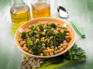 salad with broccoli anche chickpeas, selective focus